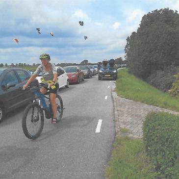 Schriftelijke vragen over parkeren op dijk Schellinkhout